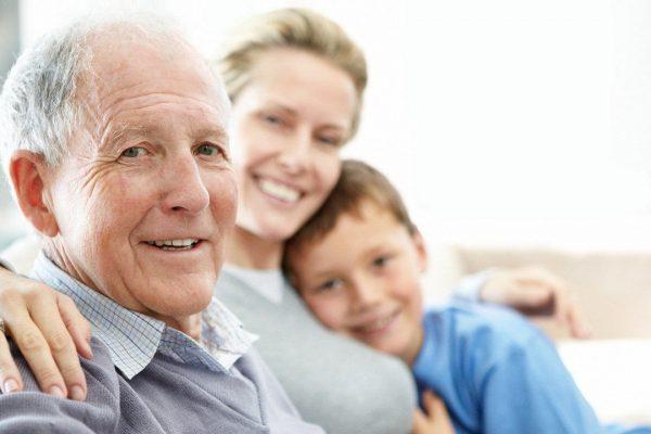 پیش بینی آلزایمر پیش بینی بیماری آلزایمر امکان پیش بینی آلزایمر با علم ژنتیک،حتی از سن ۱۸ سالگی alzheimers help 600x400