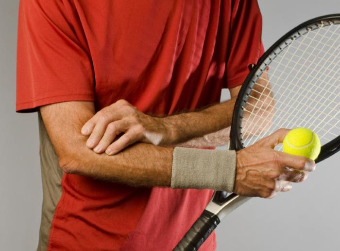 tennis-player-with-tendon-injury